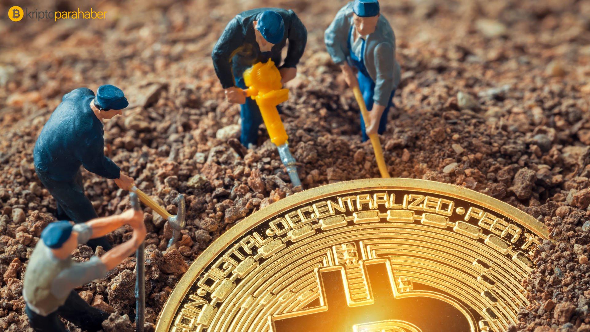 Aylık Bitcoin madenciliği geliri Mart ayında tüm zamanların en yüksek seviyesine ulaştı